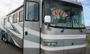 10 Tips for Negotiating the Best RV Price